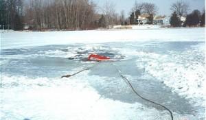 sunk-pickup-in-water